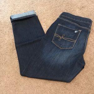 Levi Cuffed Jeans